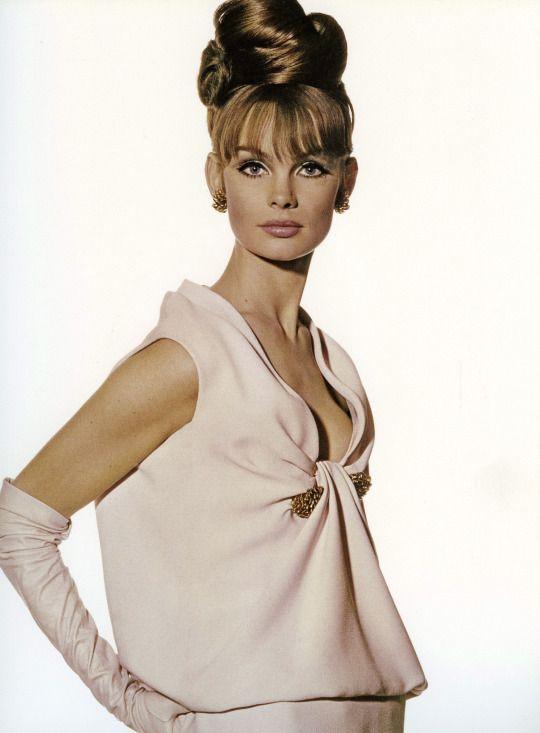 lavoilette  A Vintage Affair  Fashion Jean shrimpton 1960s fashion
