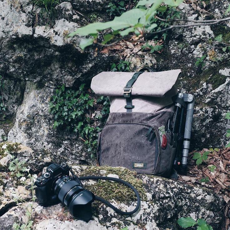 """Друзья из @lsteam.ru дали мне рюкзак National Geographic для крымских путешествий  По началу я к нему был равнодушен- есть место для камеры ноутбука написано гордо """"national geographic- круто но мне показалось как-то несерьёзно.) экипировка должна пройти испытание погодой и природой и только после можно сделать выводы. Спустя время проверив этот рюкзак в разных условиях: в море горах под проливным ливнем- мой профессиональный фаворит - Manfrotto теперь лежит на шкафу.  Серия Rain Forest была…"""