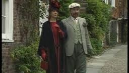 Mapp and Lucia (Lucia & Georgie)