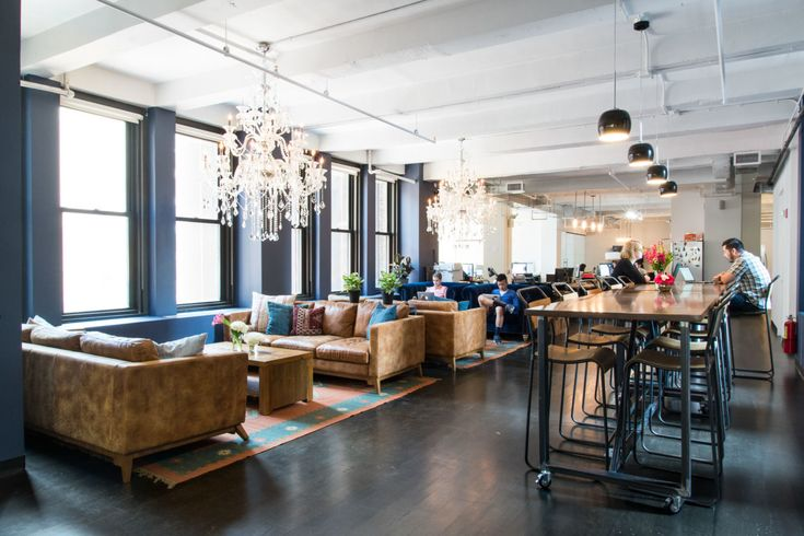 For Quotidian Venture's co-working space (aka QLabs)  in the Flatiron, Homepolish head of commercial design Shelly Lynch-Sparks and designer Andrea Perez took the 8th floor bare-bones office and turned it into a industrial old-meets-new workspace.