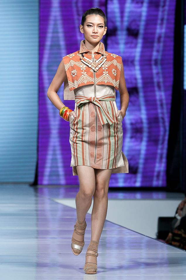 Fashion Extravaganza, JF3 2014 – Cita Tenun Indonesia oleh Ari Seputra – The Actual Style