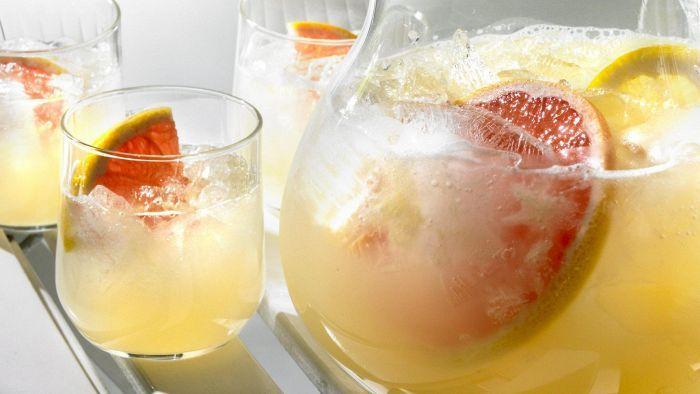 Pirskahtelevat boolit juhannukseen – poimi talteen helpot reseptit   Juomat   HS