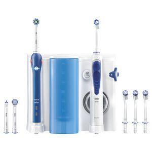 Oral-B OxyJet Monddouche  PRO 2000  Description: Oral-B OxyJet  PRO 2000 Het Oral-B OxyJet Reinigingssysteem  PRO 2000 elektrische tandenborstel is een op tandartsen geinspireerd mondverzorgingssysteem voor een uitstekende reiniging tandvleesverzorging wittere tanden en frisse adem. Het poetst uitstekend n biedt het ongelooflijke comfort van een monddouche voor een diepgaande grondige reiniging een zachte tandvleesmassage en een boost van frisheid om tandplakbacterien te bestrijden.  Je kunt…
