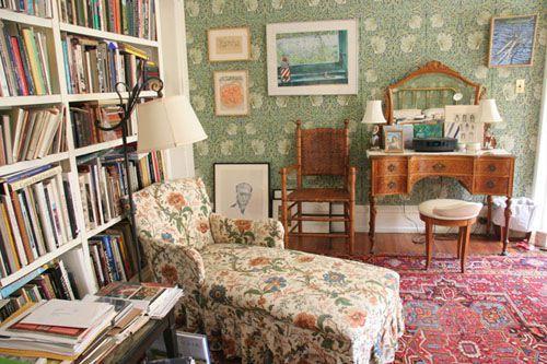 Amazing. John Ashbery's home. [ R A I N T A X I o n l i n e Summer 2008 ]