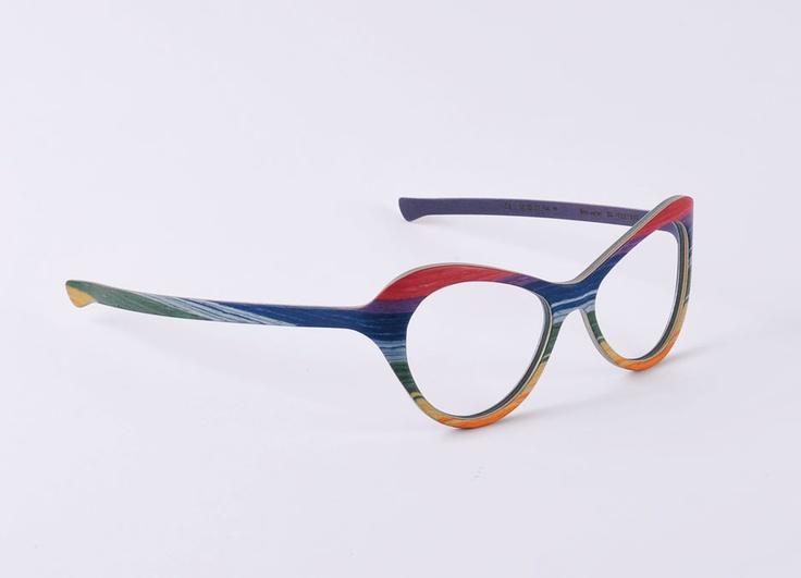 W-eye_mod 204 - Design: Matteo Ragni - Wood: Rainbow