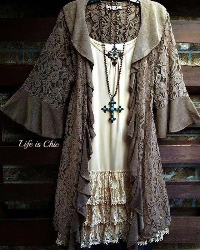 b44c73fb640 Plus Size Boutique | Women's Online Boutique | Life is Chic Boutique ...