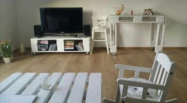 Pallet TV Table WHITE and Dining Table WHITE