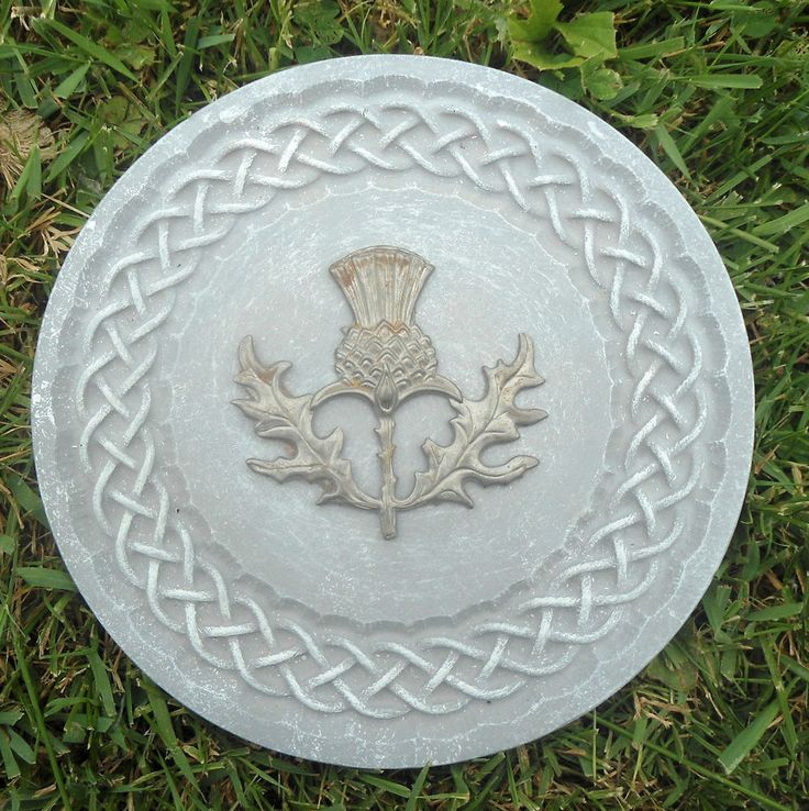 Gostatue MOLD Celtic knotted thistle plaque plastic mold for plaster concrete   | eBay