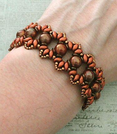 Linda's Crafty Inspirations: Bracelet of the Day: Bisaneta - Luster Iris Red