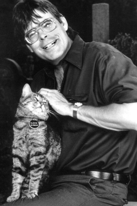 Stephen King with cat