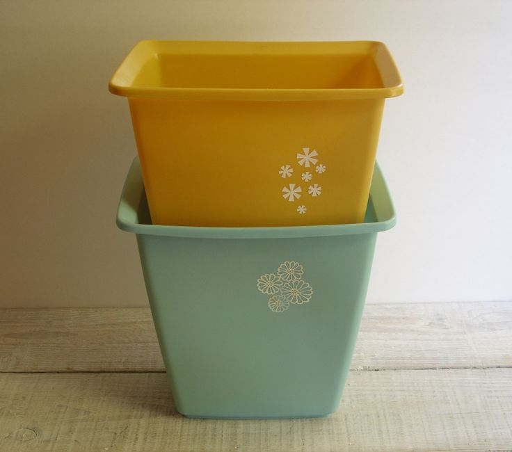 vintage rubbermaid small bathroom trash can bedroom garbage bin by retroamyo on etsy
