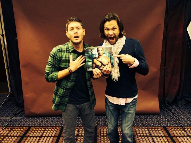 The 26 Best Moments From Jensen and Jared's Supernatural Bromance   POPSUGAR Celebrity UK