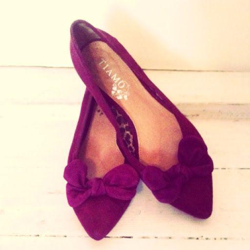 Ballerina i vinrött tyg från Scorett. | Vintage & Second hand - #vintage #secondhand #fashion #osom #iwantthis