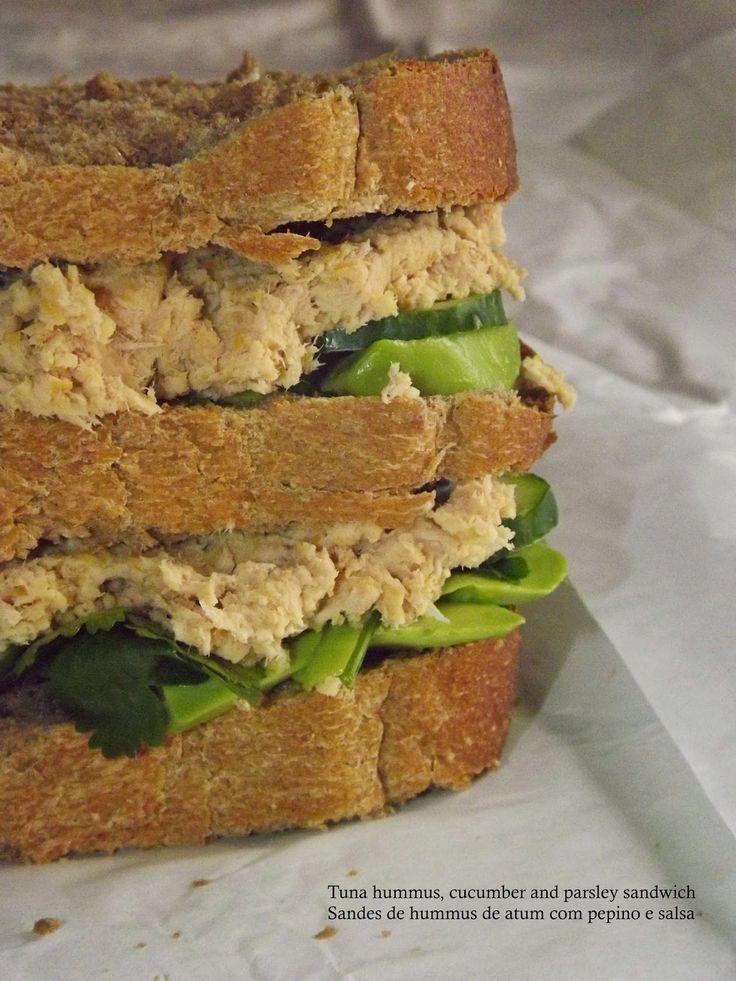Loveat: Sandes de Hummus de atum com pepino e salsa