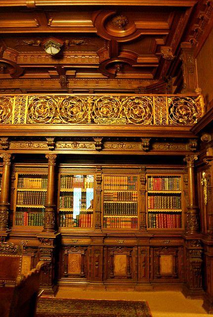 Biblioteca del castillo de Peles, Rumania.