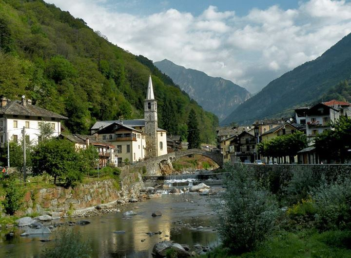 131 best images about valle d 39 aosta italy on pinterest for Arredo bagno valle d aosta