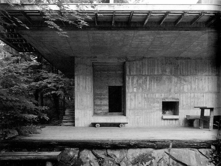 Junzo YOSHIMURA. Mountain Villa in Karuizawa. Open under story.