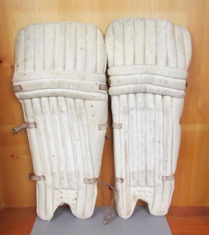 Vintage 1940S James Lillywhite & Frowd Cricket Padded Batters Leg Guards England