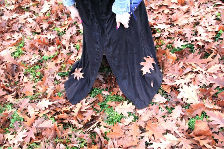 OVS-black-dress-3  #OVS #Italian #CurvyGlam #BeautyWithPlus #ootd #curvy #plussizefashion #glam #photoshooting #mystyle #plussize #psblogger #details #fall #leaves