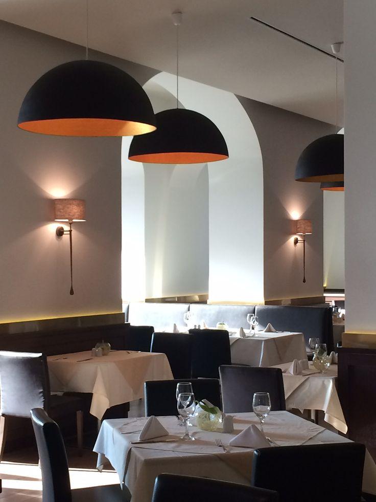 Ana hôtels restaurant Brasov/ Dooi studio