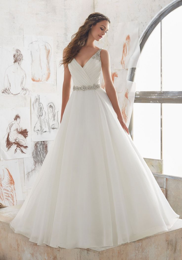 White Pleated V-Neck Wedding Dress,Beaded A-Line Bridal Wedding Dresses on Store…