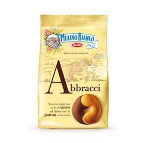 These cookies are delicious. Mulino Bianco - Abbracci.