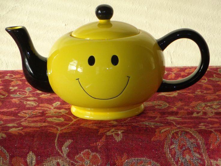 Vintage Smiley Face Teapot Fib Pristine Condition Picclick Com Whimsical Teapots Tea Pots