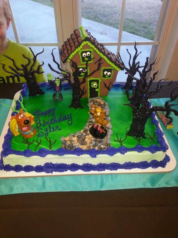 Scooby doo Birthday cake.