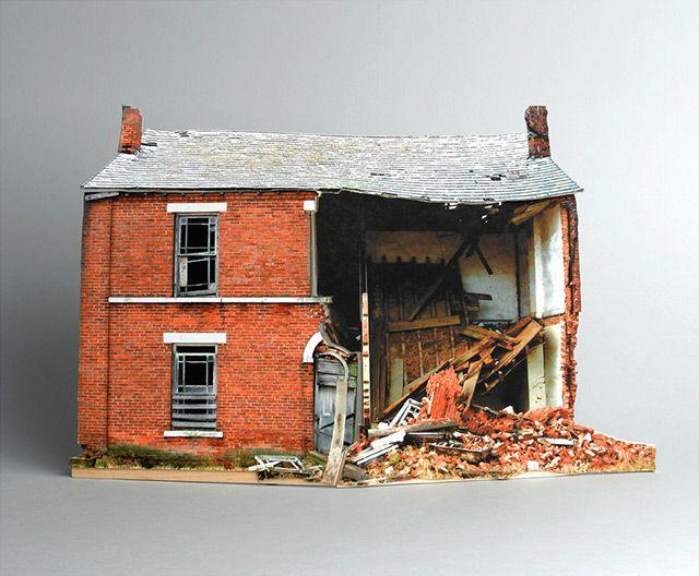 Ofra Lapid (1982-): North Dakota, Scale Models, Broken Houses, Ofra Lapid, Minis Houses, Paper Sculpture, Abandoned Houses, Paper Houses, Ofralapid