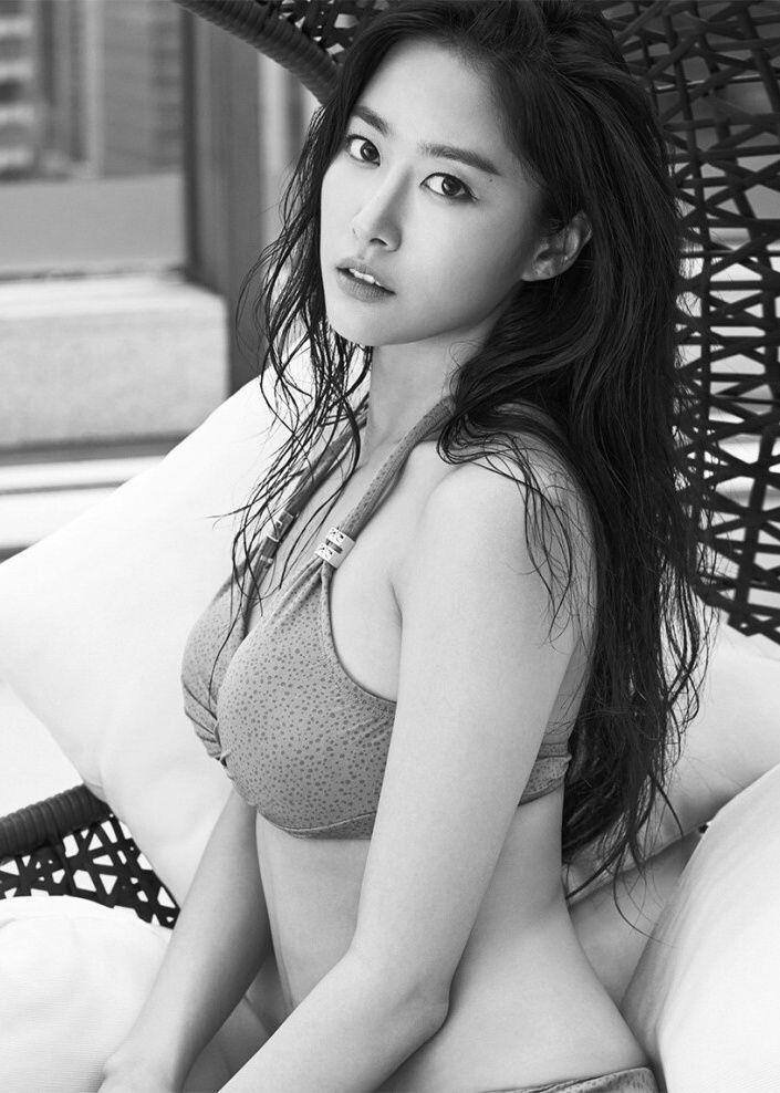 전혜빈. Jeon Hye Bin