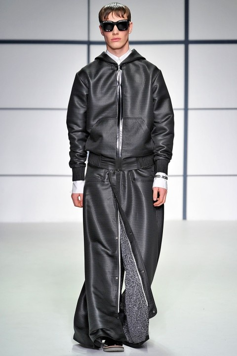 Xander Zhou Fall/Winter 2013-14 #Londoncollections