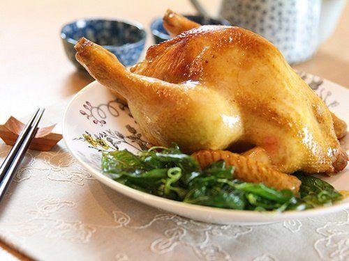 Cách làm món gà nhồi nướng thơm ngon, đậm vị - http://congthucmonngon.com/123495/cach-lam-mon-ga-nhoi-nuong-thom-ngon-dam-vi.html