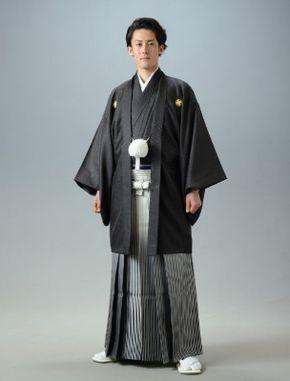 黒羽二重・仙台平袴。結婚式に着たい新郎の袴姿。ウェディング・ブライダルの参考に。
