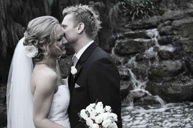 #wedding #bride #groom #reception #weddingreception #loveit #chateauwyuna #happycouple #congratulations #cheekypeck #smiles #blackandwhite