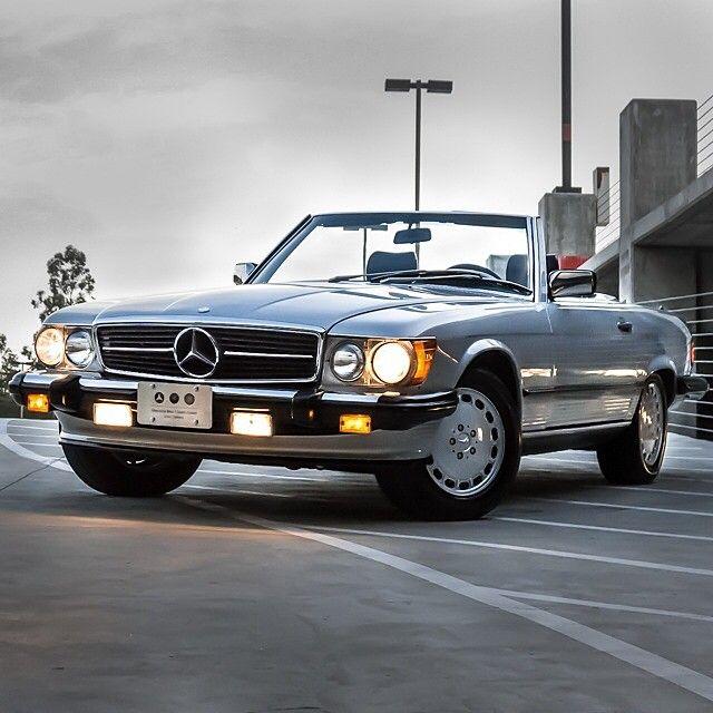 drivingbenzes: Mercedes-Benz 560 SL