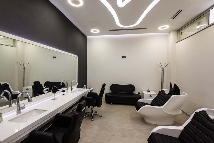 Washing and Shaving Room