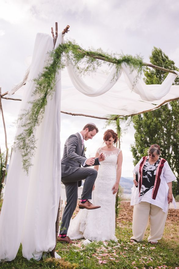 Edgy Petals / Renée & Adam  Featured on http://www.realweddings.ca