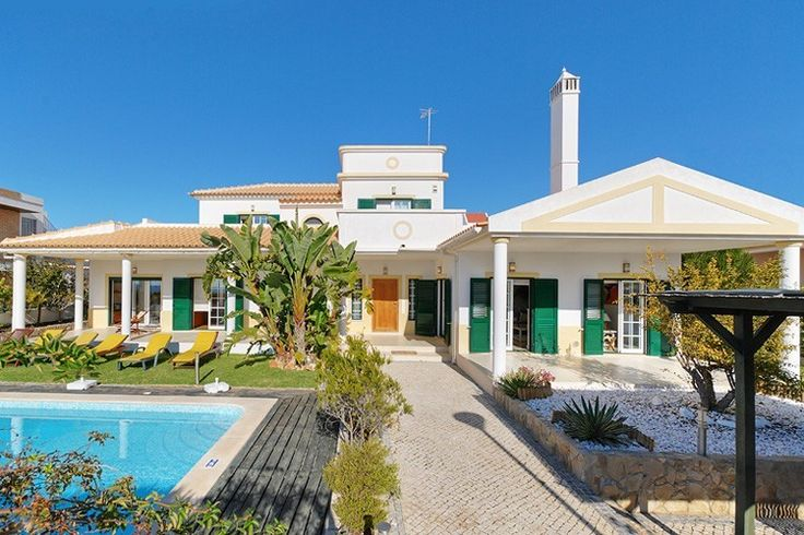 4 bedroom villa near the beach in Gale - 801027