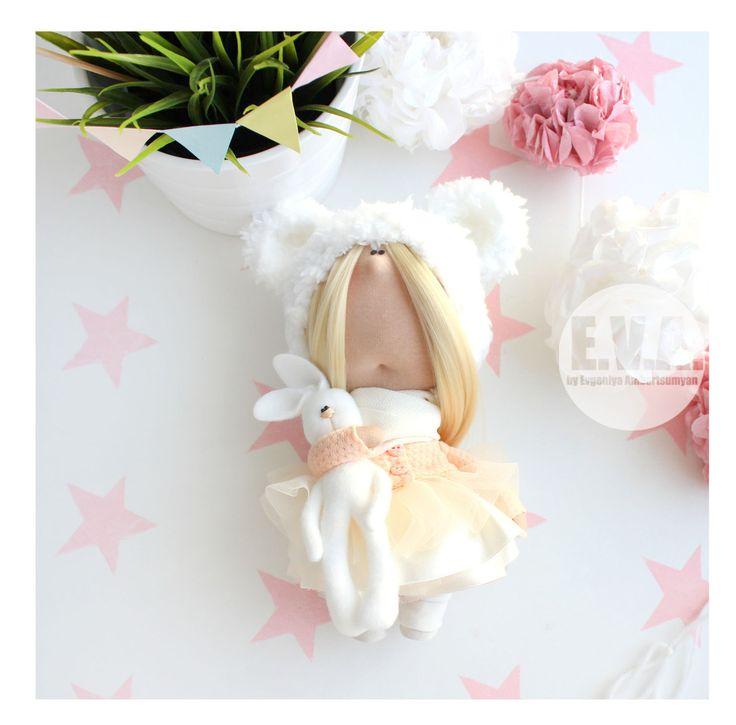 Текстильная куколка  eva-dolls.com автор Евгения Амбарцумян