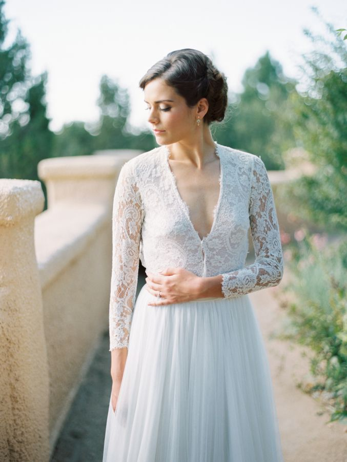 Gorgeous v-cut lace sleeve gown, a la Kate Middleton: http://www.stylemepretty.com/2015/09/18/timeless-elegant-villa-parker-wedding-inpsiration/   Photography: Winsome + Wright - http://winsomeandwright.com/