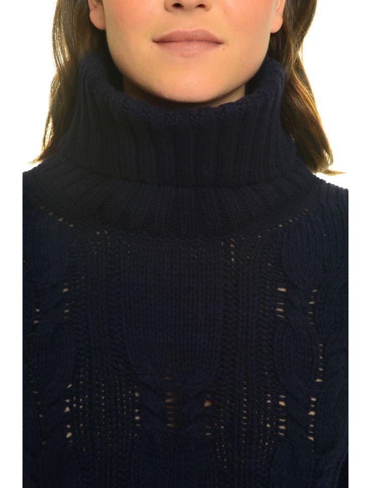 Pullover in lana a trecce