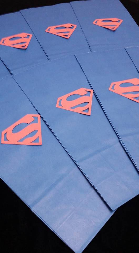 Super Man Superman Hero Marvel Hand Made Logo Gift Goodie Loot