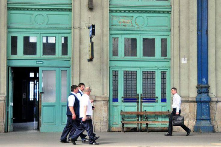 """Arriva """"Budapest"""", la mostra fotografica di Frequenze Visive Da Venerdì 18 fino a Domenica 27 Novembre a Vigonovo (VE) Frequenze Visive presenta la mostra fotografica collettiva """"Budapest"""". Ingresso libero, previsti eventi collaterali. #mostre #fotografia #streetphotography"""