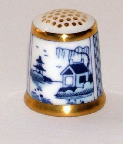 ROYAL CROWN DERBY Thimble CHINOIS Willow