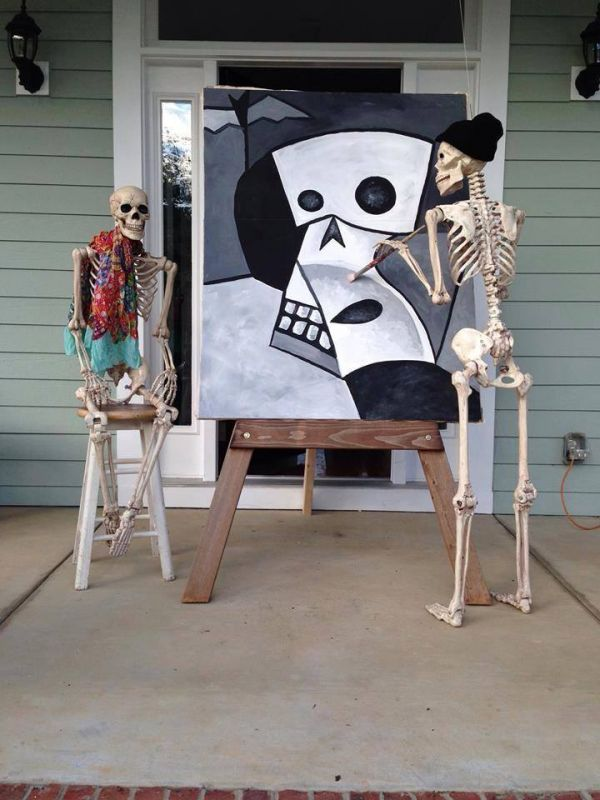 Halloween skeletons do Picasso - see, stuff like this is why I need more than one life-sized skeleton