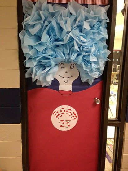 Dr. Seuss activities: Thing door decoration. Great for a Dr. Seuss-themed classroom or March door decoration.