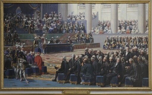 Ouverture des Etats-Généraux à Versailles, 5 mai 1789 - Le 5 mai 1789, le roi Louis XVI ouvre les Etats généraux, réunion des députés des trois ordres, la Noblesse, le Clergé et le Tiers-Etat. C'est le dernier moyen qui lui reste pour tenter de sauver le royaume de la faillite, les députés pouvant seuls accepter la levée d'un nouvel impôt. Les Etats généraux n'avaient pas été convoqués depuis 1614.  En 1789, mille cent quatre-vingt trois députés se réunissent à Versailles. Le roi prési...