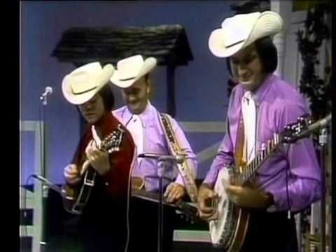 Porter Wagoner Show w/ Lester Flatt and The Nashville Grass with a young Marty Stuart