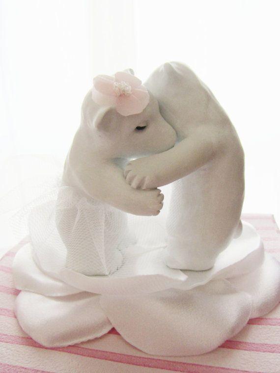 Kissing Bears Cake Topper