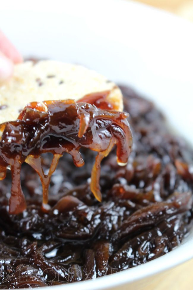 These caramelised onions are like no other, complete drool worthy material if you ask me. Sharp pungent red onions are slowly cooked down to reveal their inner sweetness. Along with brown sugar and a pool of deep, rich balsamic vinegar. Once reduced down this combination develops into a glossy, tangy, sweet flavour. Oh and did …